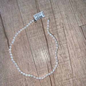 Never used classic Pearl necklace